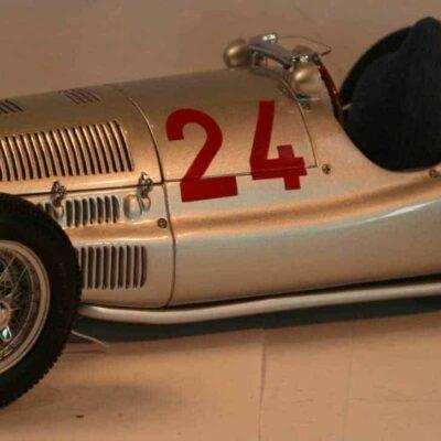 "Mercedes-Benz 1939 W165 ""Tripolis"""