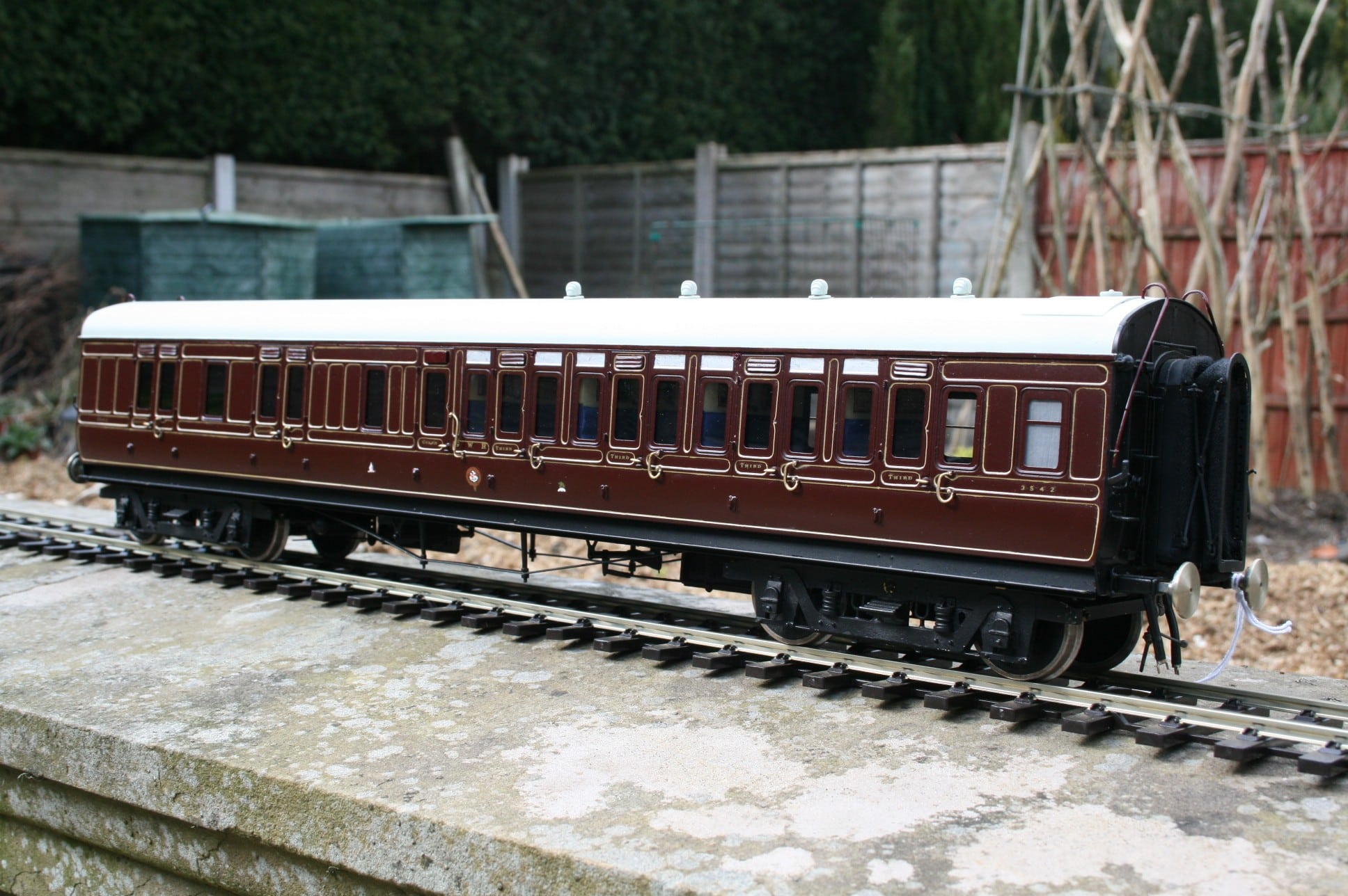 GWR Toplight Corridor Brake Third in Crimson Lake livery
