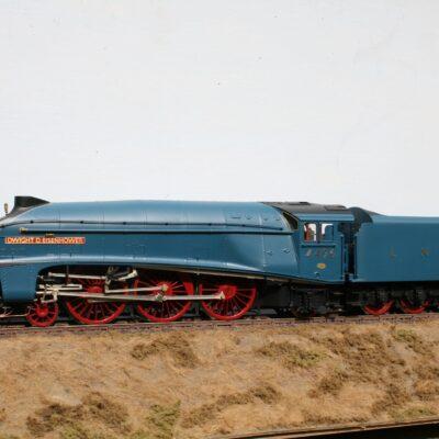 """LNER Class A4 4-6-2 tender engine 4496 """"Dwight D. Eisenhower"""" in Post War Garter Blue livery"""