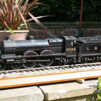 LNER (Ex.GCR) Class C4 4-4-2 tender engine 5263