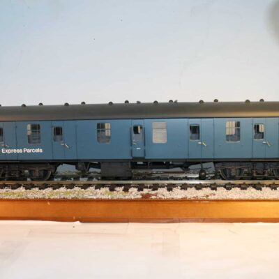 BR(M) Mk.1 Corridor Full Brake nr. M 80739 in blue livery