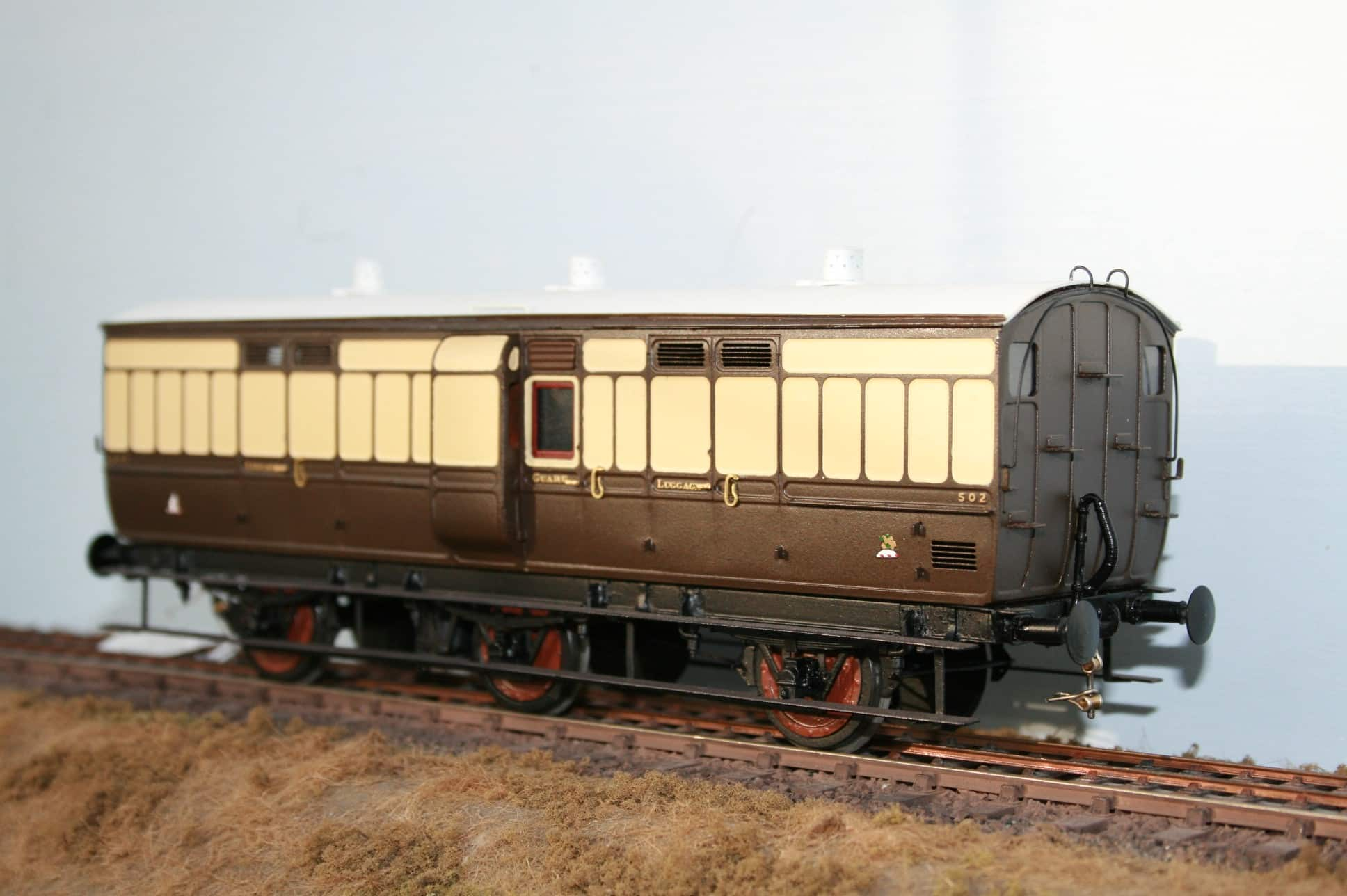 GWR 6 wheel Passenger Luggage/Guards Van r/n 502