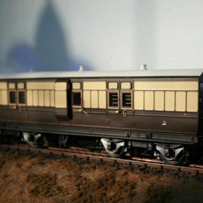 GWR Dia.K3 40ft. Passenger Luggage Van r/n 911