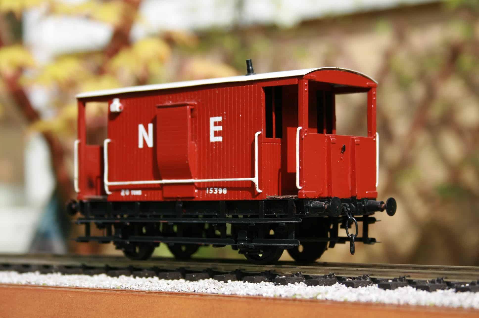 """LNER 20 ton """"Toad B"""" Brake Van r/n 15398"""