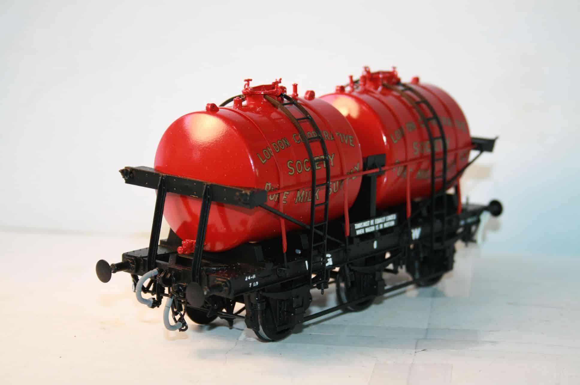 GWR London Co-Op Society Twin Tank Milk Wagon
