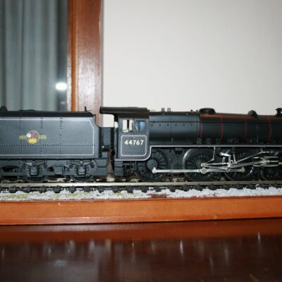 BR(M) 4-6-0 Class 5 Tender Locomotive r/n 44767 late crest livery