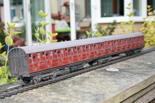 LNER All Third Articulated Twin Set r/ns 44311/44312 weathered teak finish
